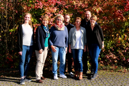 Das Team der festangestellten Mitarbeiter der Ergotherapieschule. Von links: Jana Sophie Weg, Katrin Burghardt, Katrin Henne, Marcel Suchier, Silke Jordan, Marc Roders u. Helen Hildmann